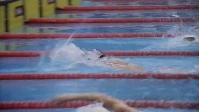Elford competes in 400m freestyle
