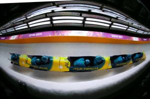 Aussies hit the bobsleigh track