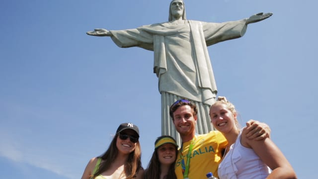 Aussie medallists visit Christ the Redeemer